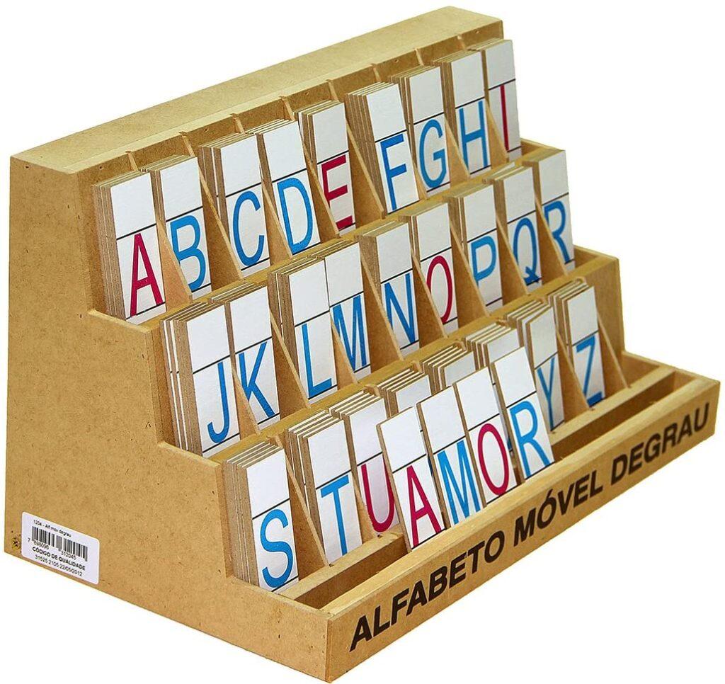 Brinquedos pedagógicos - alfabeto móvel