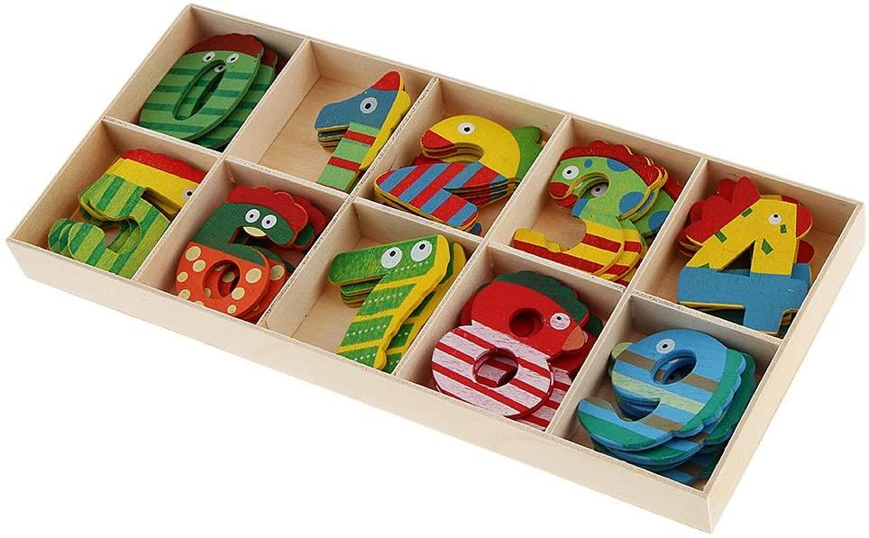 Brinquedos pedagógicos - números de madeira