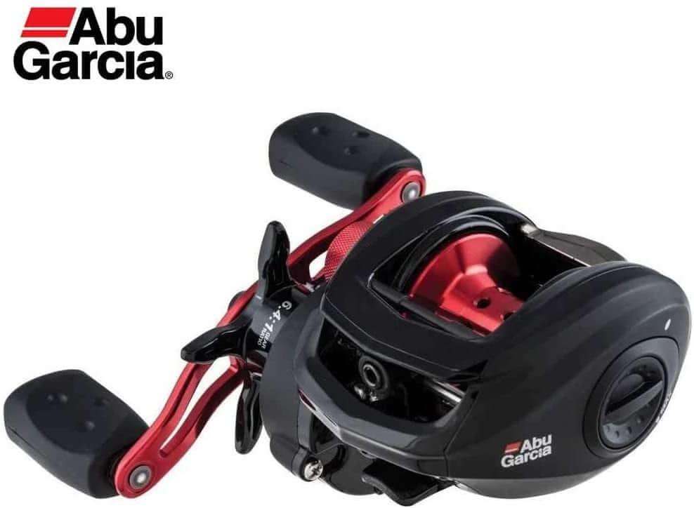 carretilha de pesca na cor preta e vermelha do modelo Abu Garcia Black Max 3