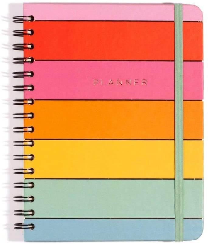 Planner 2021 com capa colorida em arco-íris