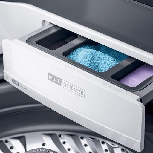 ompartimento para sabão líquido, sabão em pó e amaciante da Máquina de Lavar Ciclo Tira Manchas Advanced e Ciclo Antibolinha Brastemp - BWK12AB.