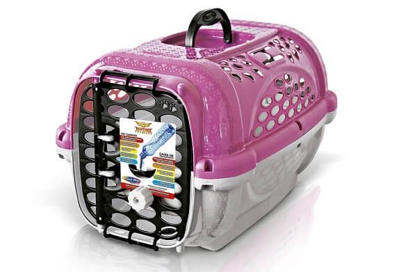 caixa de transporte para gatos barata em plástico da marca plast pet na cor rosa