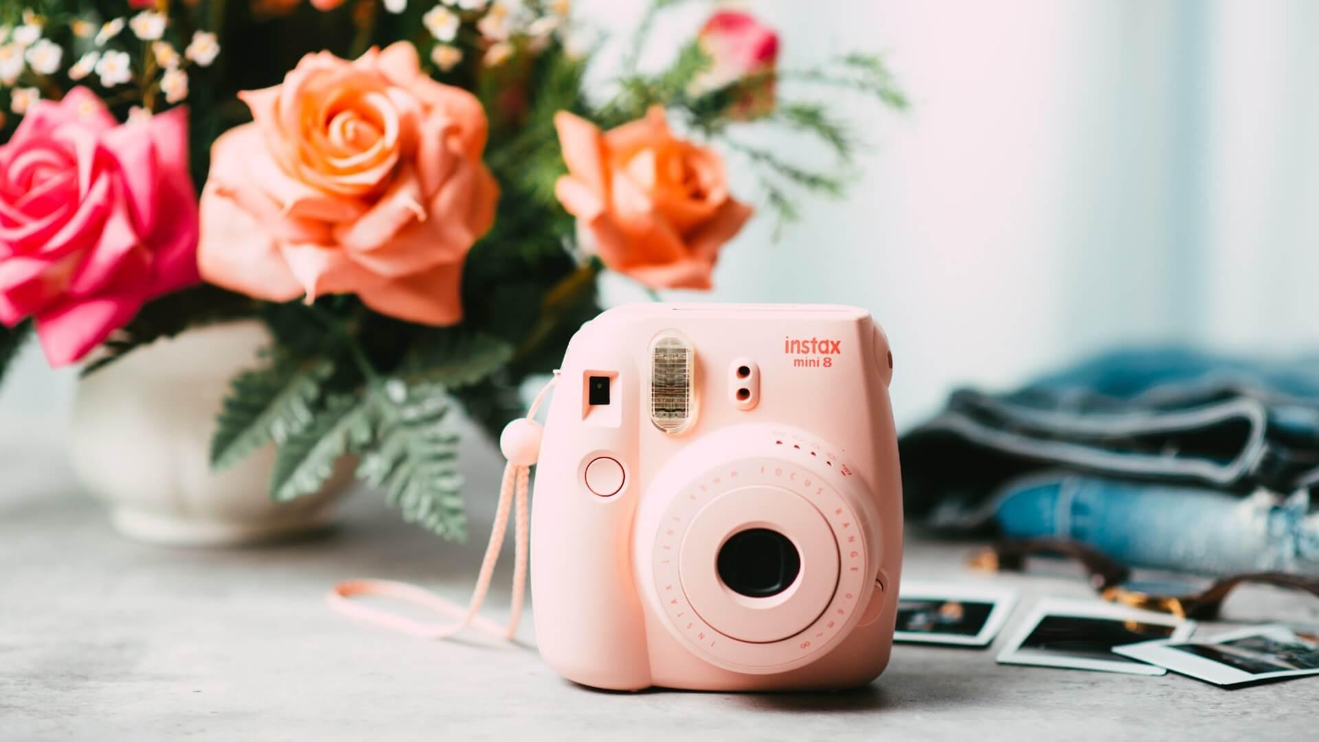 Instax-mini-camera-instantanea