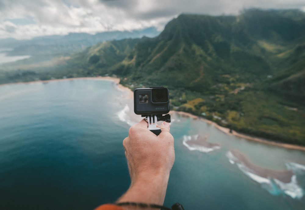 Câmera De Ação Boa E Barata
