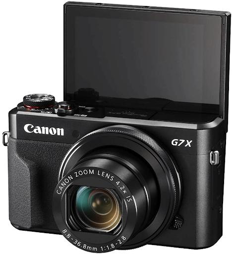 Foto da parte frontal da Câmera Canon PowerShot G7 X Mark II.