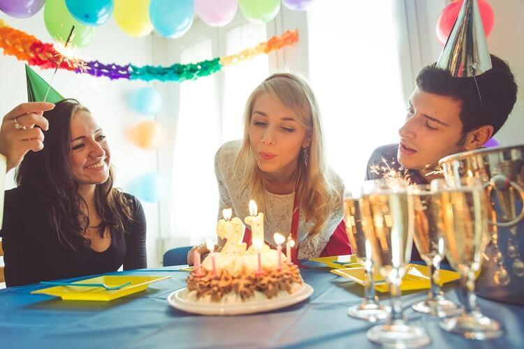 Festa De Aniversário Para Adultos