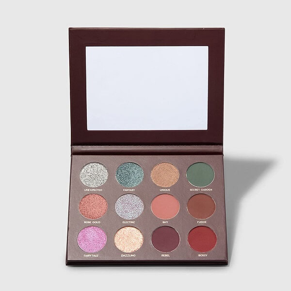 Paleta 12 shades da linha de maquiagens Mariana Saad